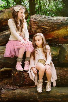 Editorial 'Woods' www.petitloublog.com  #kidsfashion #photography #girls