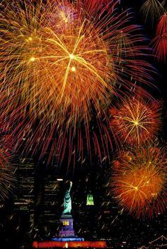 New York Fireworks, photography by Joe McNally