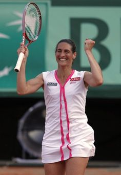 Razzani takes out Serena.  One of biggest upsets in French Open history