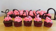trang trí thêm cho bánh cupcake