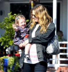 Pregnant Drew Barrymore and daughter Olive