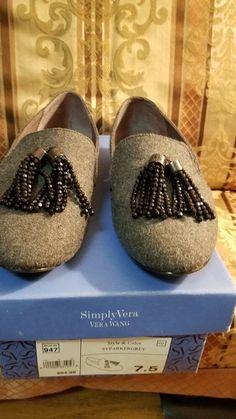 b7e237b08f3 Women s Vera Wang Simply Vera Flats Size 7.5 (Med) Solid Gray Fabric   fashion