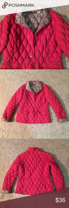 Eddie Bauer premium goose down quilted jacket coat This is a cute Eddie Bauer quilted down jacket in red. This jacket has been lightly worn and recently dry cleaned. I love my Eddie Bauer coat so much that I picked up this 2nd one, then found I seldom wore it. Only flaws are on back of left sleeve (pics 4-6): 1 looks like a pulled thread, & the 2nd was a pulled thread, & there's a tiny hole from when I cut the thread (not my best moment, lol). Interior lining is gold, & coat can be tightened…