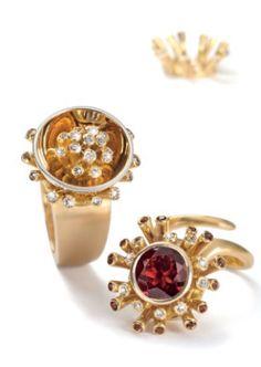 Garnets, diamonds and 18k gold