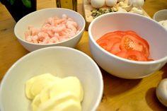Piirakkaa! | Emmin ja Terhin resepti- ja ravitsemusblogi Icing, Ice Cream, Desserts, Food, No Churn Ice Cream, Tailgate Desserts, Deserts, Icecream Craft, Essen
