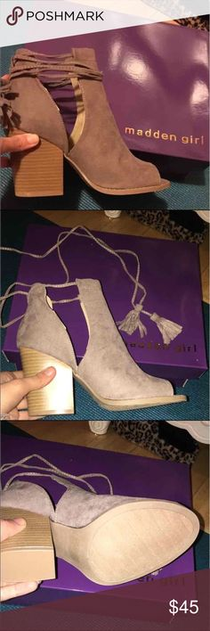 Madden Girl Open Toe Booties Sz7 Taupe Steve Madden (Madden Girl) open toe booties with lace up tassel detailing. BRAND NEW in box! Just in time for spring! Steve Madden Shoes Ankle Boots & Booties