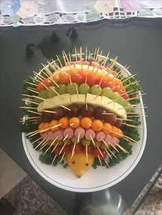Porcupine fruit and veggie tray Food Platters, Party Platters, Meat Platter, Meat Trays, Cheese Fruit Platters, Party Food Buffet, Cheese Trays, Veggie Tray, Vegetable Trays