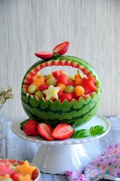 Sparkling Watermelon Bubbles with carving pictorial.  This would be the perfect healthy dessert for your summer gatherings!