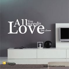 Hoje em dia é o que mais precisamos. Love / Amor