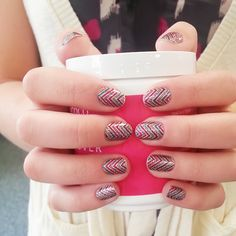 Incoco Nail Polish Appliqué in Zig. Love these. So easy and it's real nail polish with no dry time!