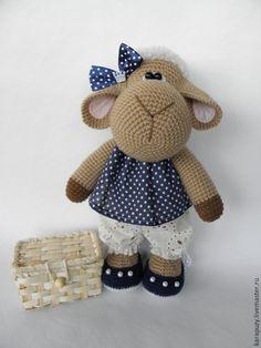 """Купить Овечка """"Холли"""" - бежевый, овечка игрушка, вязаная игрушка, вязаная крючком, подарок"""