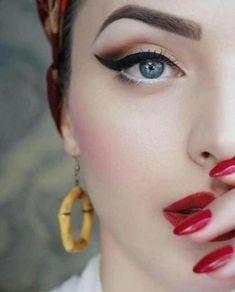 26 Trendy Ideas for makeup looks vintage pin up Pin Up Makeup, Cat Eye Makeup, Party Makeup, Wedding Makeup, Makeup Tips, Hair Makeup, Makeup Ideas, Animal Makeup, Makeup Art