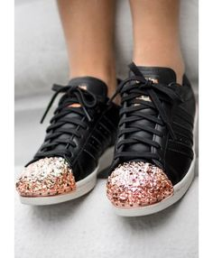 the latest c4627 80653 À la mode Adidas Superstar Femme Metal Toe Noir, Rose Gold Collection