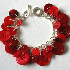 Button Bracelate.