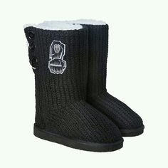 I gotta have these Roman Reigns boots!!!