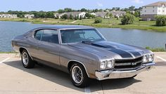 1970 Chevelle! This would be so cool with the back end JACKED UP!! ☺☺