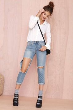 Hole New Game Jean | Shop Deep Into Trenches at Nasty Gal
