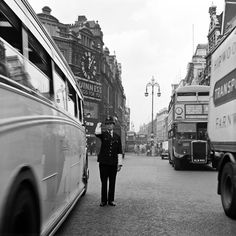 Frederick Wilfred - London Street Photography 1950's & 60's