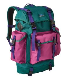 ll-bean-continental-rucksack-spruce-rich-berry-backpack - Katie Considers Rucksack Backpack, Hiking Backpack, Mochila Hippie, Must Have Camping Gear, Teaching Outfits, Casual Work Outfits, Professional Outfits, Stylish Eve, Nautical Fashion