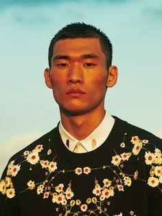 Beautiful sweater and shirt collar