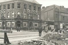 bomb damage to the Windmill pub, Witham, Kingston Upon Hull 1941