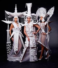 Paper Fashion, Fashion Art, Fashion Show, High Fashion, Fashion Outfits, Caroline Reboux, Paper Clothes, Paper Dresses, Barbie Clothes