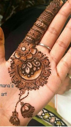 Floral Henna Designs, Mehndi Designs Book, Finger Henna Designs, Full Hand Mehndi Designs, Mehndi Designs 2018, Mehndi Designs For Beginners, Modern Mehndi Designs, Mehndi Designs For Girls, Bridal Henna Designs