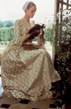 Uma Thurman in 'Dangerous Liaisons. 1988. Wearing Rubelli Fragole dress.