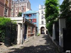 Villa Ballu. Paris 75018.