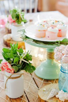 Ideas For A Springtime Seashore-Inspired Party | Ramshackle Glam