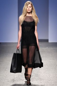 N21 by Alessandro Dell`Acqua SS 2014