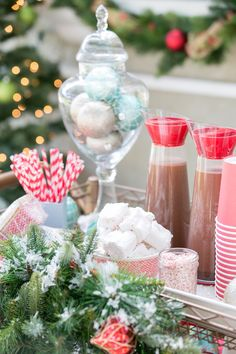 I was thrilled to participate in Home Depot's Holiday Style Challenge this year! The challenge isto takea box of unexpected items and design an area they give you. My area was outside, so I infused my love of sweets and entertaining to create a charming hot cocoa stand! The goal was to incorporate all of...readmore