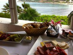 Desayuno en el Hotel Cap Vermell de Canyamel, vistas al mar #turismo #mallorca #hoteles #breakfast