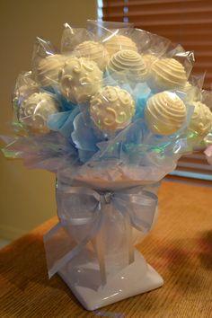 Hochzeit Rose Cake Pop Bouquet - Baby Welcoming - Kuchen Cake Pop Bouquet, Candy Bouquet Diy, Cookie Bouquet, Baby Bouquet, Chocolate Pops, Chocolate Bouquet, Cake Chocolate, Chocolate Covered, Wedding Cake Pops