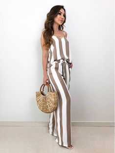 Very nice jumpsuit - roll on summertimeHere's Cool african fashion outfits Summer Outfits, Casual Outfits, Cute Outfits, Cute Fashion, Fashion Outfits, Womens Fashion, Fashion Fashion, Skirt Mini, African Fashion