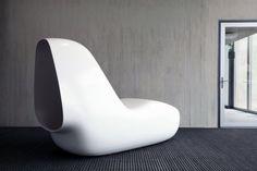 SleepBox HI-MACS organic seamless chair by Caspar Lohner