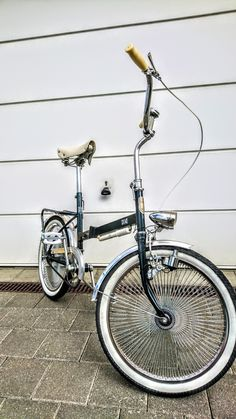 Klapprad (for sale) Retro Bike, Folding Bicycle, Sketch Ideas, Wheels, Inspiration, Style, Vintage Bicycles, Bicycles, Ideas