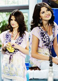 Selena Gomez as Alex Russo in Wizards Of Waverly Place. Alex Russo, Selena And Taylor, Wizards Of Waverly Place, Selena Gomez Photos, Teen Photo, Marie Gomez, Beauty Queens, Shawn Mendes, Pretty Face