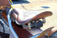 Leaf spring seat mount