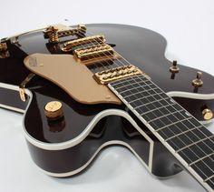 Gretsch Guitars G6122 1962 Country Classic Electric Guitar 2005 Model Mint