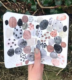 """5,561 Likes, 27 Comments - Sara Boccaccini Meadows (@boccaccinimeadows) on Instagram: """"Mark making on the rocks #sketchbook"""""""