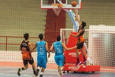 O basquetebol masculino do Colégio São Francisco Xavier venceu o seu primeiro compromisso na fase decisiva dos Jogos Escolares do Paraná (JEPs), em Apucarana. O jogo ocorreu no ginásio de esportes do Complexo Esportivo Lagoão, e a vitória foi por seis pontos de vantagem sobre o Colégio Jardim Porto Alegre, de Toledo, por 60 a …