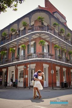 Heather and John's glamorous New Orleans engagement. (Daniel Taylor Photography)