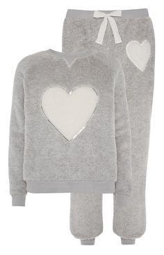 12 Primark - Grey Heart Sherpa PJ Twosie