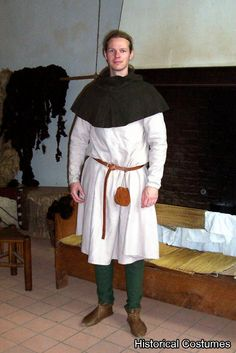 14th Century Herjolfsnes tunic, find #33                                                                                                                                                                                 More