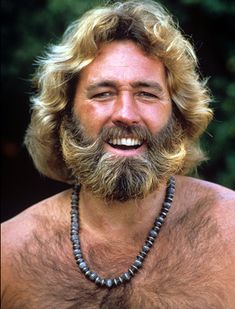 Actor Dan Haggerty, famous for playing Grizzly Adams, died at the age of 74 after battling cancer. Grey Beards, Long Beards, Western Comics, Hairy Men, Bearded Men, Grizzly Adams, Muscle Bear Men, Mustache Styles, Hunks Men