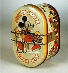 boxes, America, A lithographed tin Mickey Mouse Lunch Kit by Handy, having an oval form with pie tray and folding handles. Tin Lunch Boxes, Vintage Lunch Boxes, Metal Lunch Box, Antique Metal, Antique Toys, Vintage Toys, Mickey Mouse, Vintage Stil, Vintage Antiques