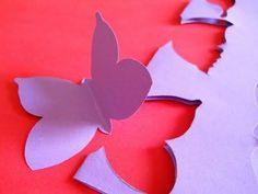 Decorare una parete con le farfalle / Decorating with butterflies