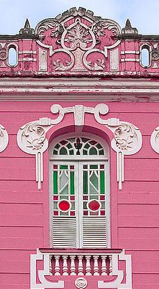 João del Rey, MG,Brazil,amazing architecture design Old Doors, Windows And Doors, Architecture Unique, Rosa Coral, Pink Houses, Colorful Houses, Beautiful Buildings, Unusual Buildings, Through The Window