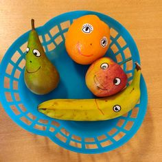 Pear, Restaurant, Activities, Food, Fruits And Veggies, Diner Restaurant, Essen, Meals, Restaurants